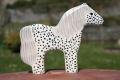Pippi-Langstrumpf-Pferd, stehend