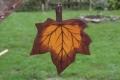 Ahornblatt groß braun, mit Aufhänger